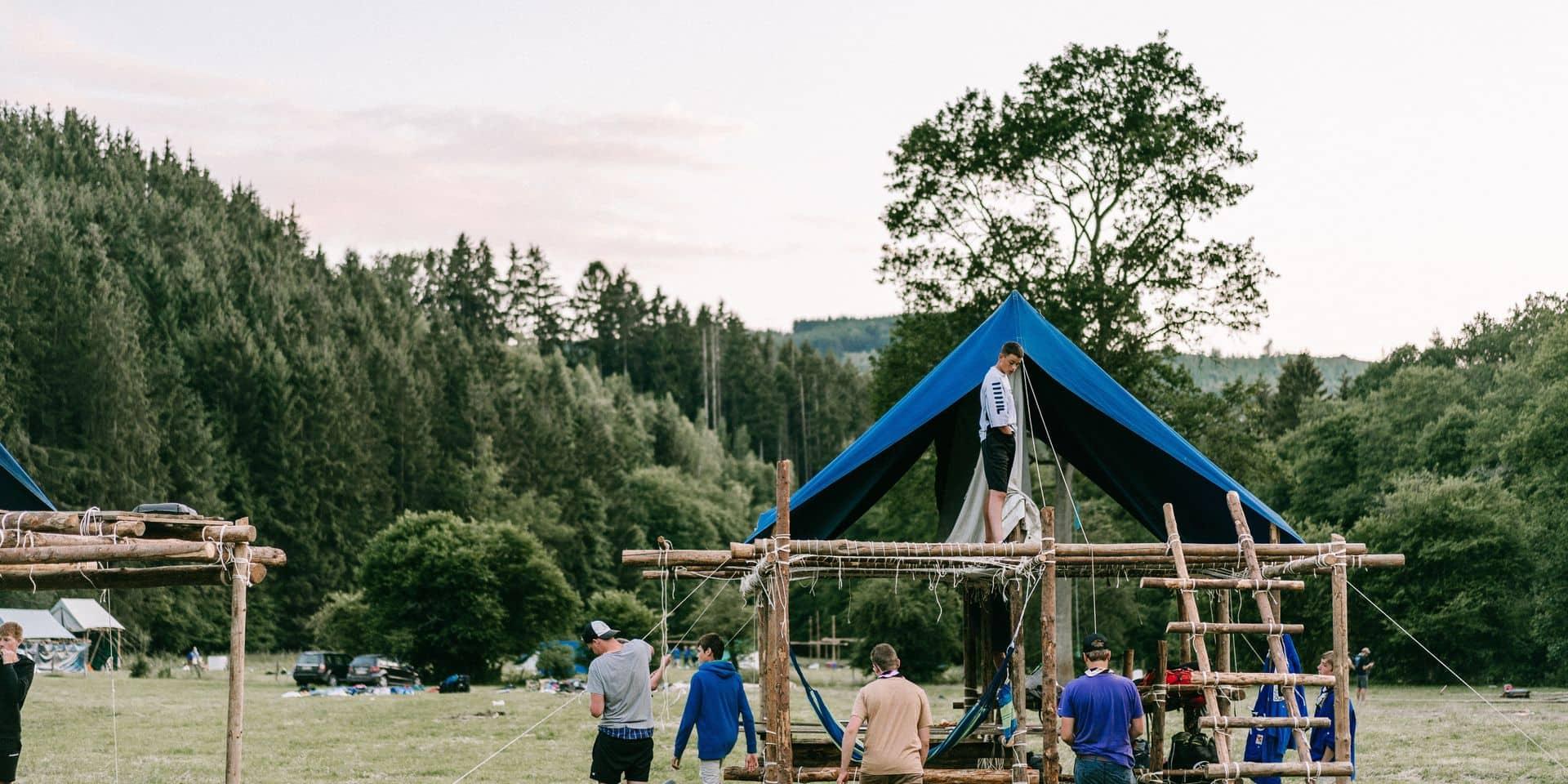 """""""Jeu de la bulle"""", certaines activités proscrites…: comment les scouts préparent leurs camps pour un été sans précédent"""