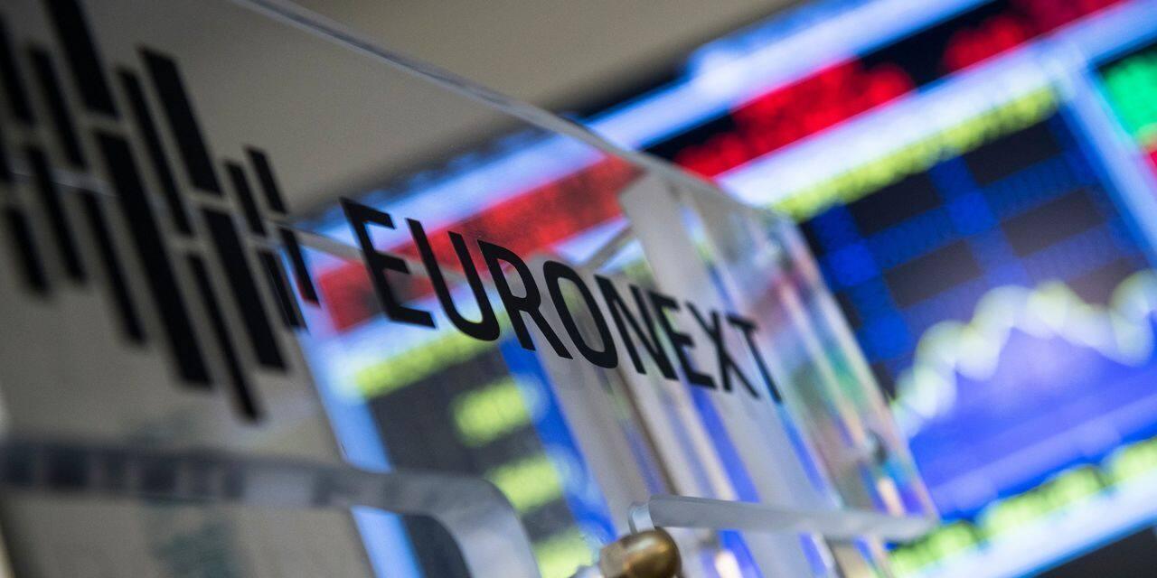 Les marchés européens terminent en baisse, sur fond de tensions concernant le plan de relance américain