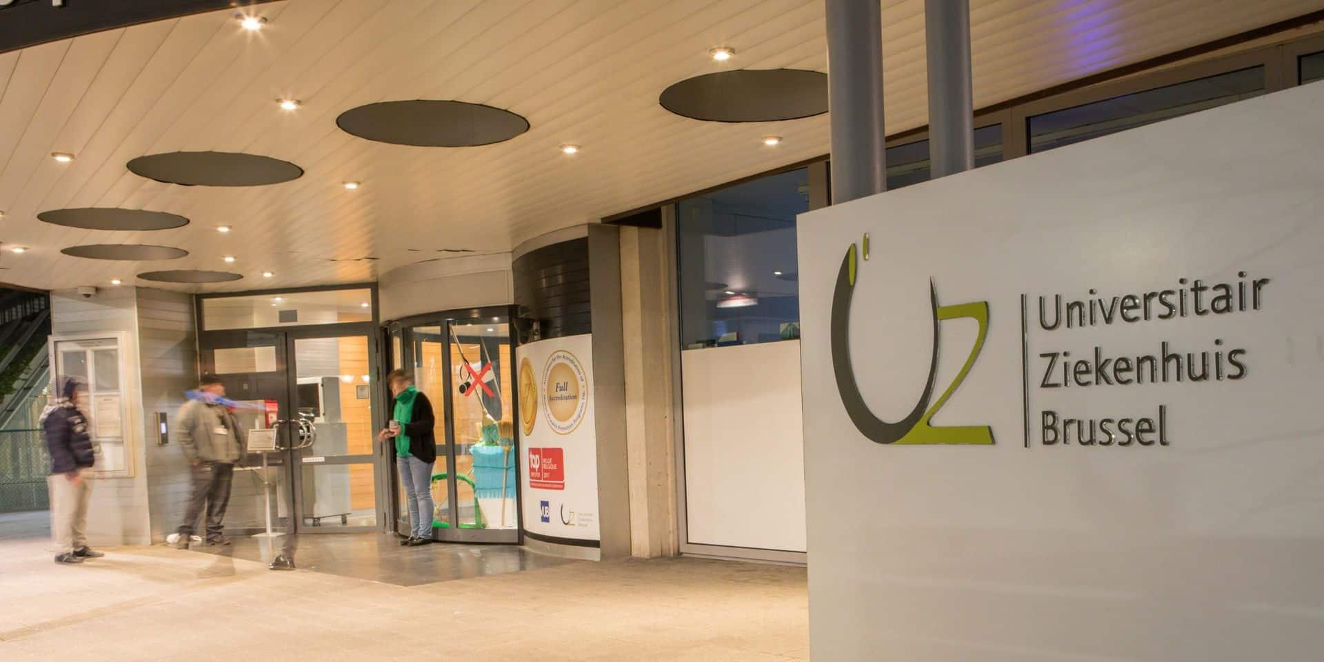 L'UZ Brussels fait des scans des poumons à tous ses nouveaux patients