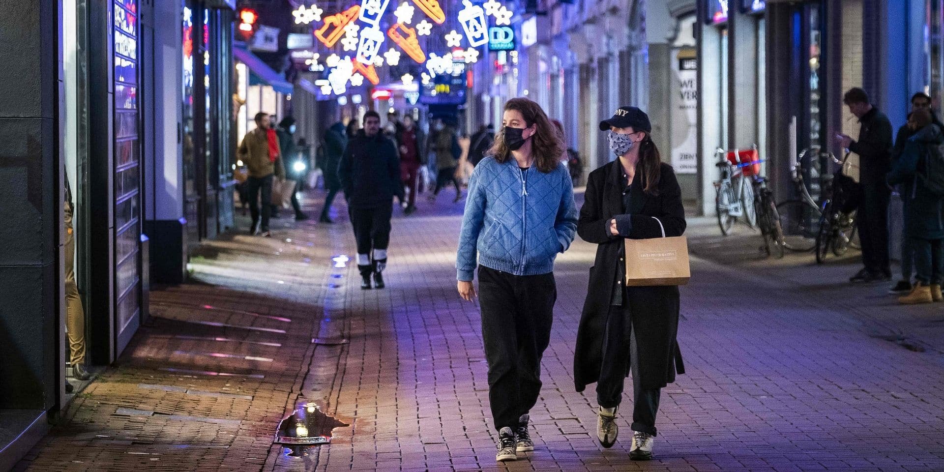 Fermeture des magasins, des écoles, des salons de coiffure... Vers un lockdown strict aux Pays-Bas jusqu'au 19 janvier