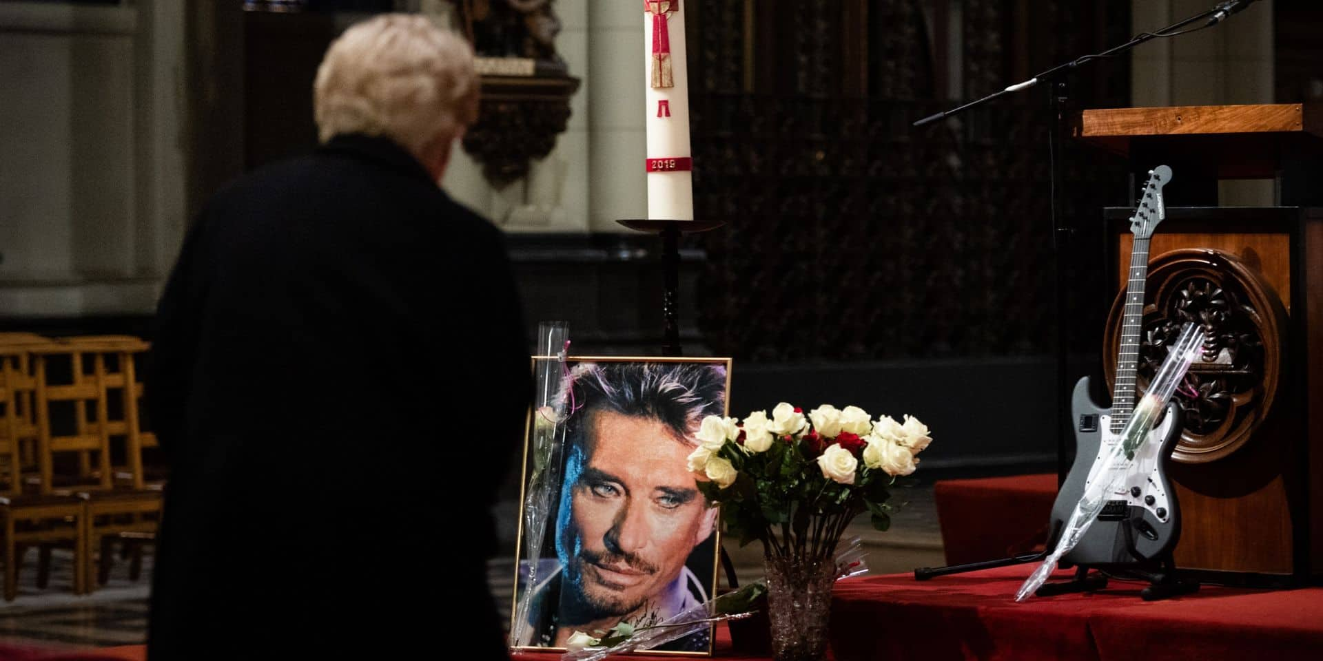 """Hommage à Johnny Hallyday à Laeken : """"Il était comme un père pour moi"""" (PHOTOS + VIDEOS)"""