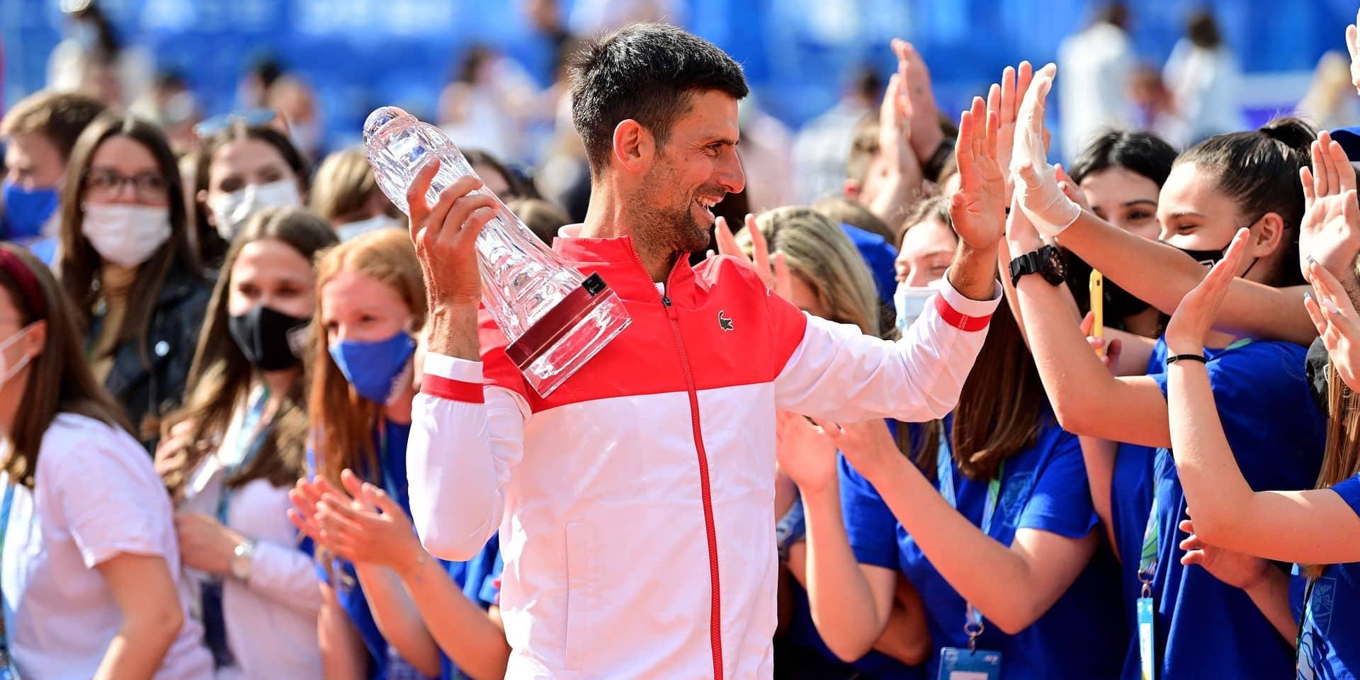 Djokovic, roi en son pays