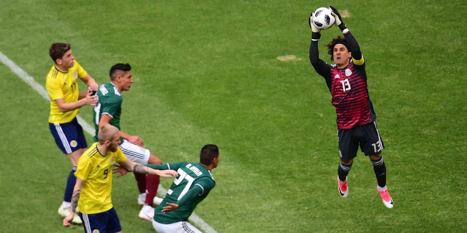 Mondial 2018: neuf joueurs mexicains, dont le gardien du Standard Ochoa, épinglés pour une orgie