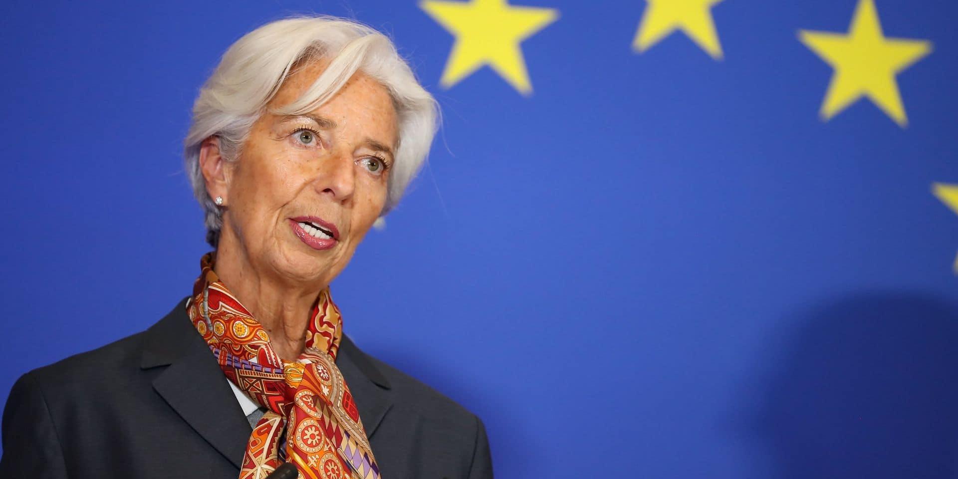 La BCE voit s'atténuer les risques sur l'économie en zone euro