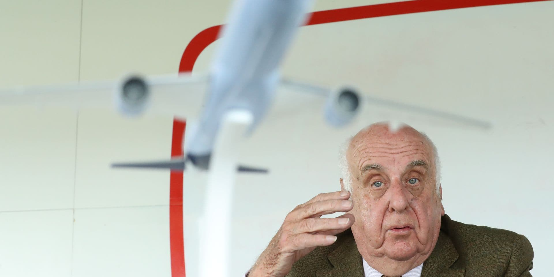 SN Airholding chairman Viscount Etienne Davignon pictured during a press conference of Brussels Airlines on the strike of the pilots announced for Monday, Friday 11 May 2018 in Diegem, Machelen. BELGA PHOTO BENOIT DOPPAGNE