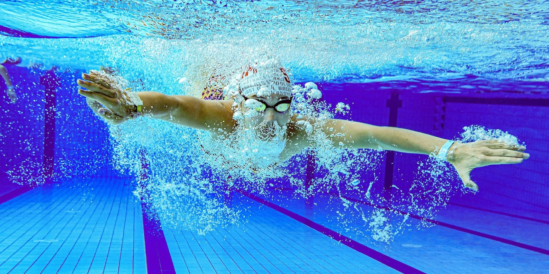 Pourquoi rouvrir les piscines et non d'autres activités sportives? Et quels sont les risques éventuels d'y être infecté par le Covid-19?