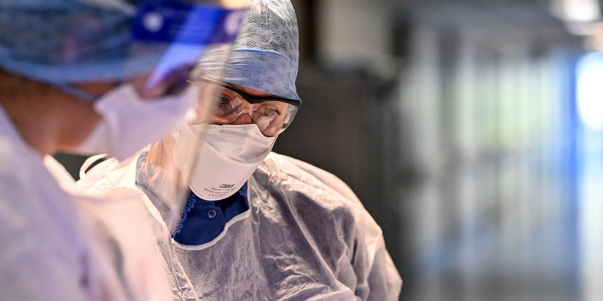 Coronavirus en Belgique : un peu moins de 500 admissions à l'hôpital par jour