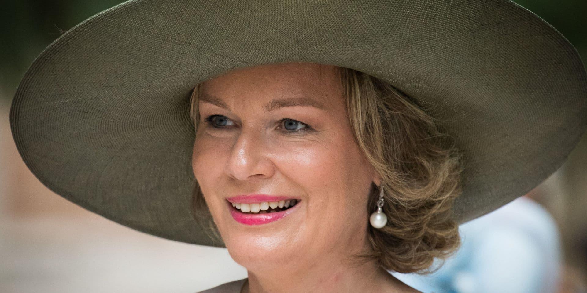 La reine Mathilde récompensée pour son engagement social