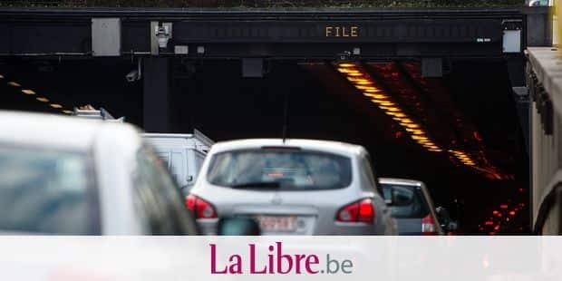 Bruxelles - Tunnel Leopold II: installation d'un radar troncon dans le tunnel Leopold II