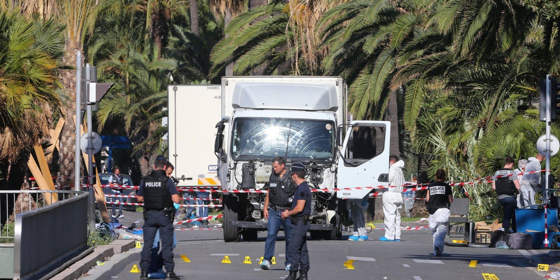 France: Nice rend hommage aux victimes de l'attentat de 2016