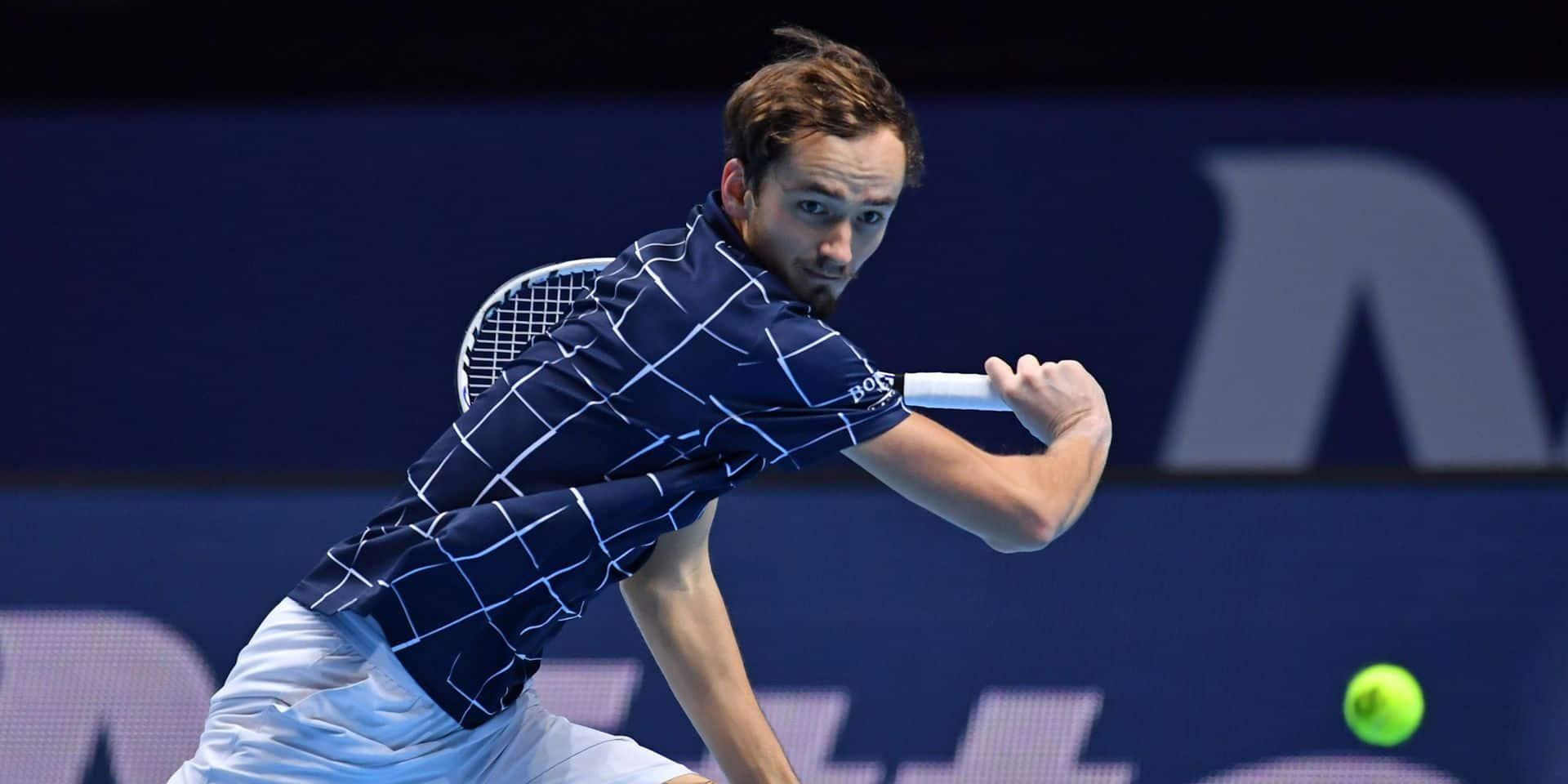 ATP Finals: Daniil Medvedev bat aussi Schwartzman et reste invaincu avant les demi-finales