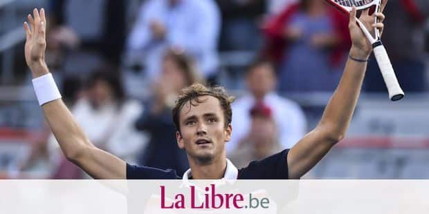 MONTREAL, QC - AUGUST 10: Daniil Medvedev of Russia celebrates his victory against Karen Khachanov of Russia during day 9 of the Rogers Cup at IGA Stadium on August 10, 2019 in Montreal, Quebec, Canada. Daniil Medvedev of Russia defeated Karen Khachanov of Russia 6-1, 7-6. Minas Panagiotakis/Getty Images/AFP == FOR NEWSPAPERS, INTERNET, TELCOS & TELEVISION USE ONLY ==