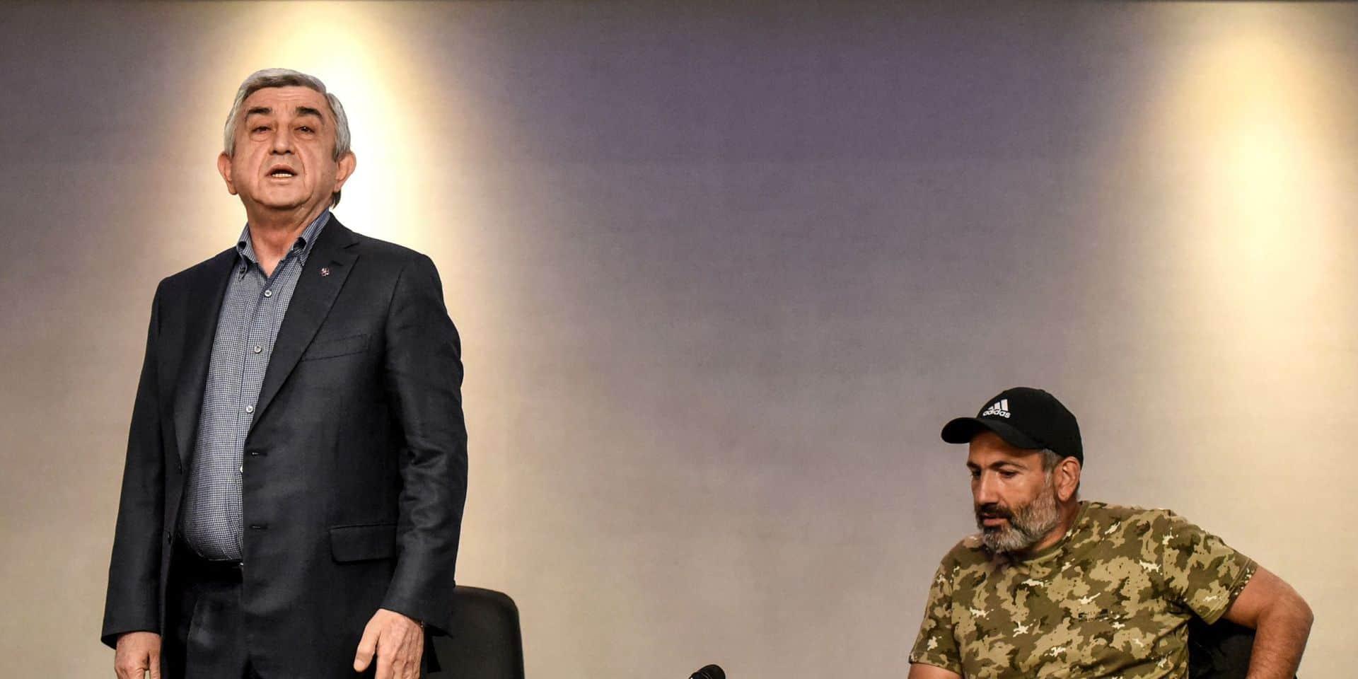 Le président arménien Serzh Sarkissian (gauche) lors d'une conférence de presse en 2015.
