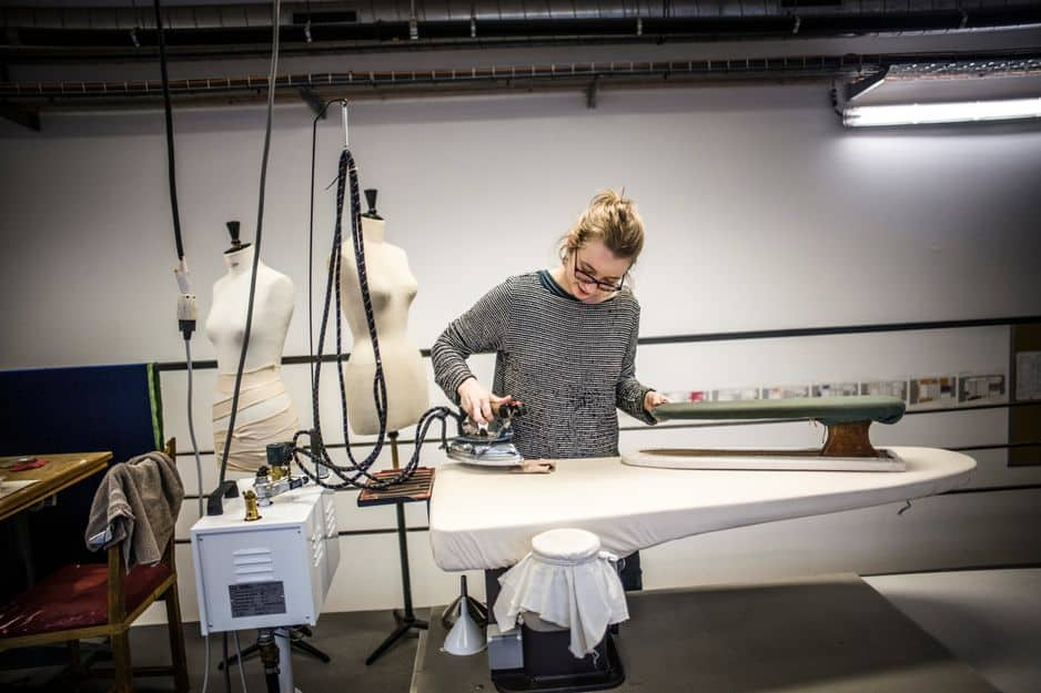 Le repassage, un passage obligé de chaque travail de couture. Le tomber du vêtement est aussi important que sa coupe !