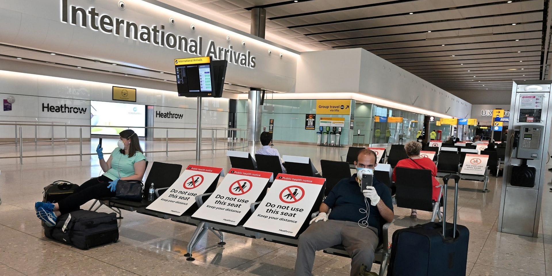 Le nombre de passagers a chuté de 73 % à 22,1 millions, dont la moitié avait voyagé entre janvier et février, avant l'explosion de la pandémie.