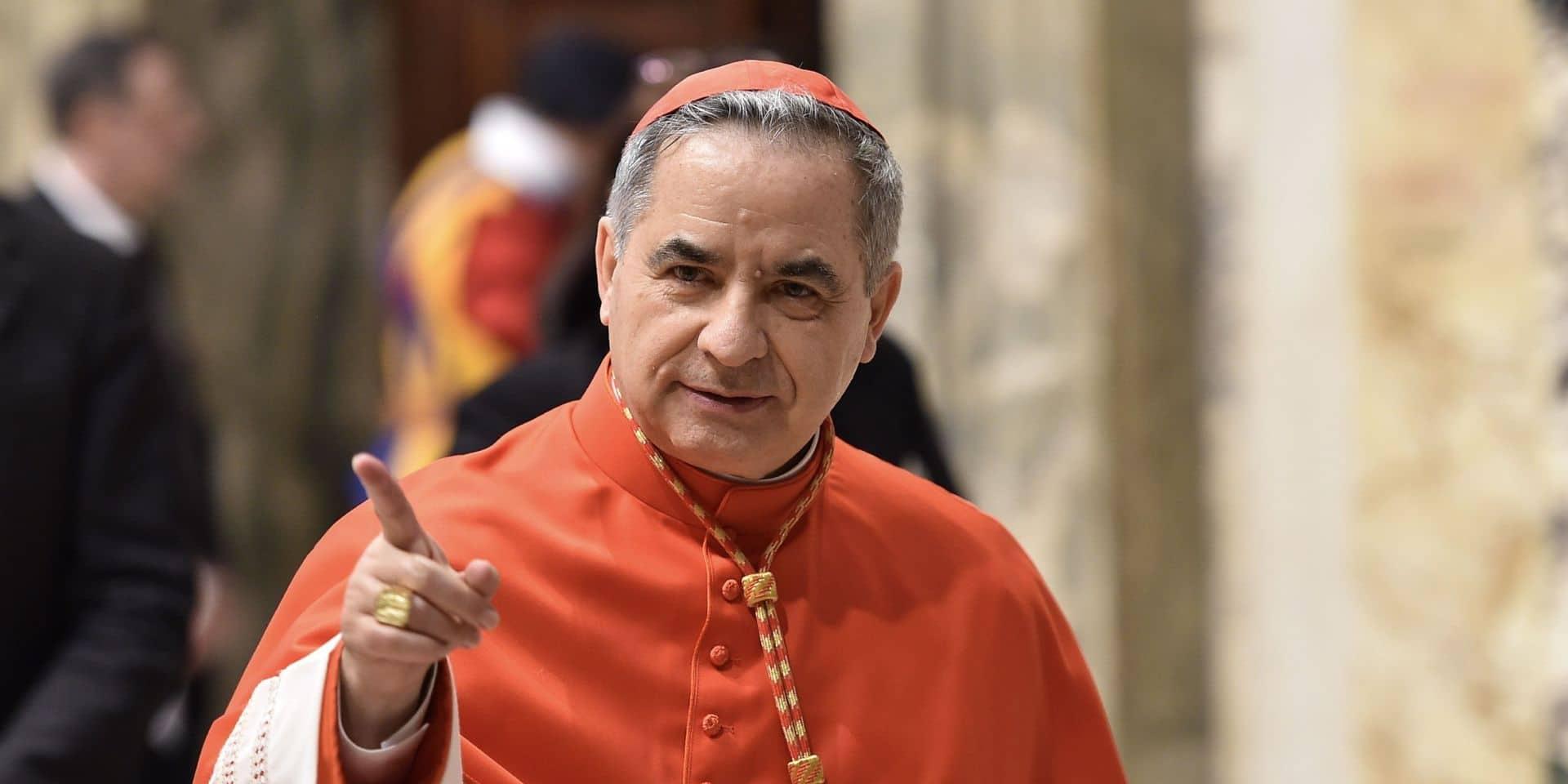 Importante démission au Vatican : le cardinal Angelo Becciu renonce à ses droits