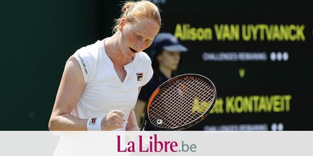 Belgian Alison Van Uytvanck celebrates during a tennis match against Estonian Anett Kontaveit (WTA 27), in the third round of the ladies singles at the 2018 Wimbledon grand slam tennis tournament at the All England Tennis Club, in south-west London, Britain, Saturday 07 July 2018. BELGA PHOTO VIRGINIE LEFOUR