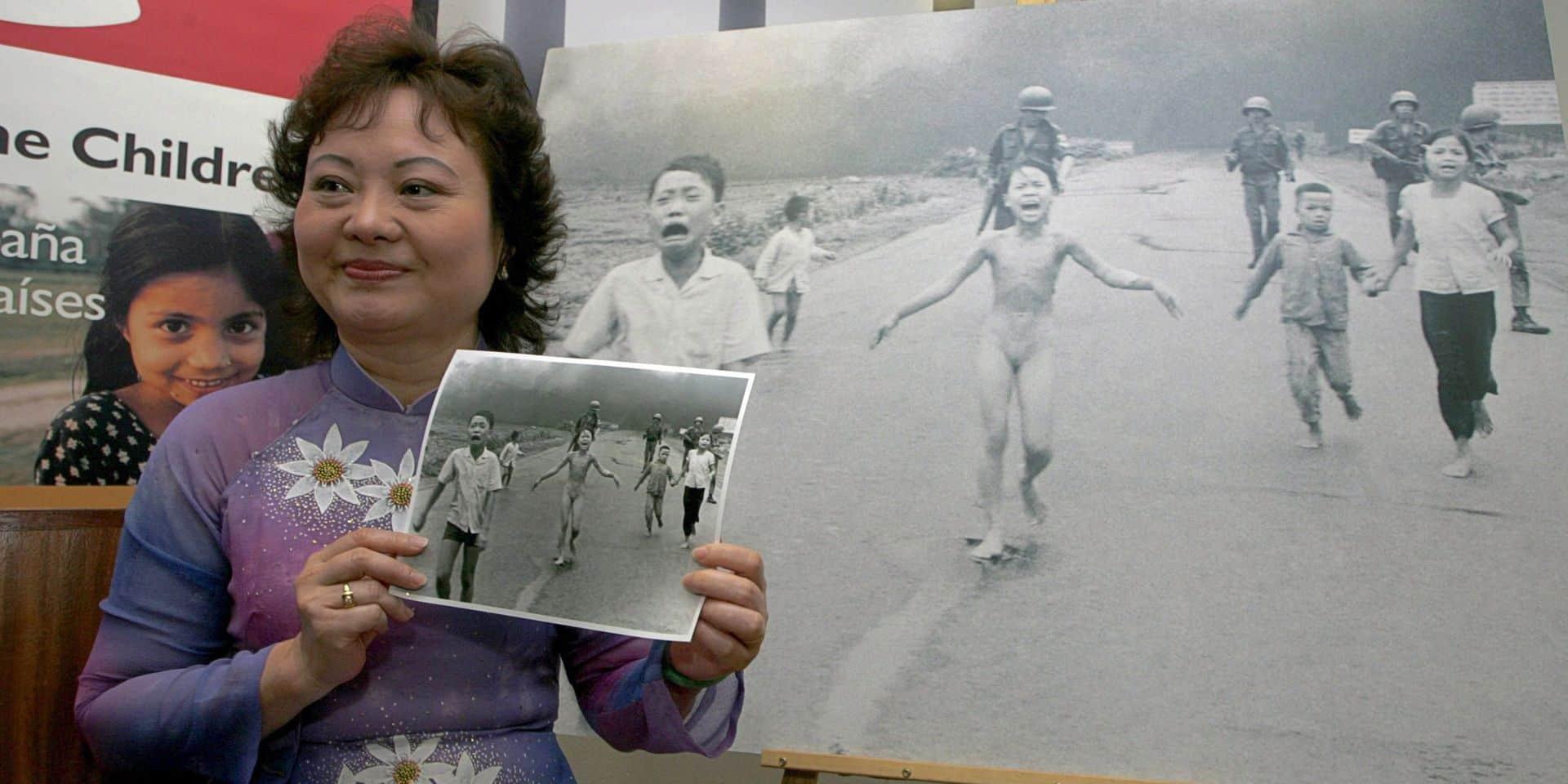 """47 ans après, qu'est devenue """"la petite fille au napalm""""?"""