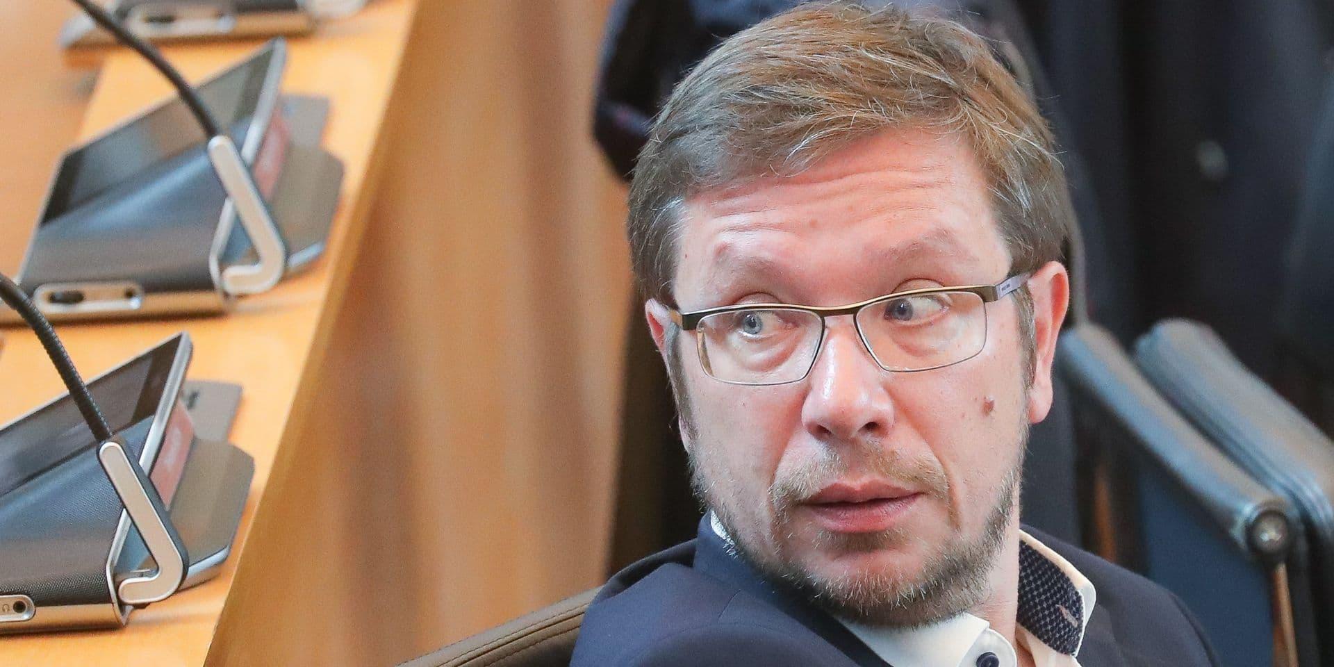 """Pour le cdH, """"le rythme d'escargot"""" du gouvernement wallon va coûter cher à la Région"""