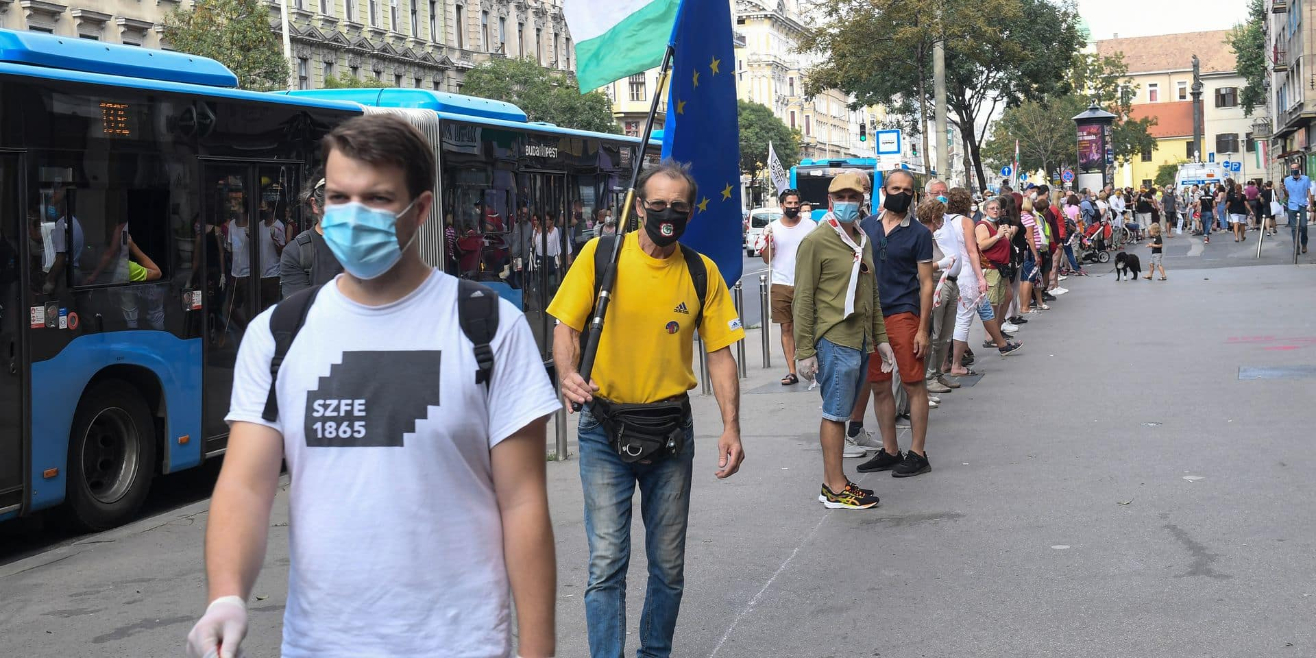 Dans une université de Budapest, des étudiants s'embastionnent face au pouvoir