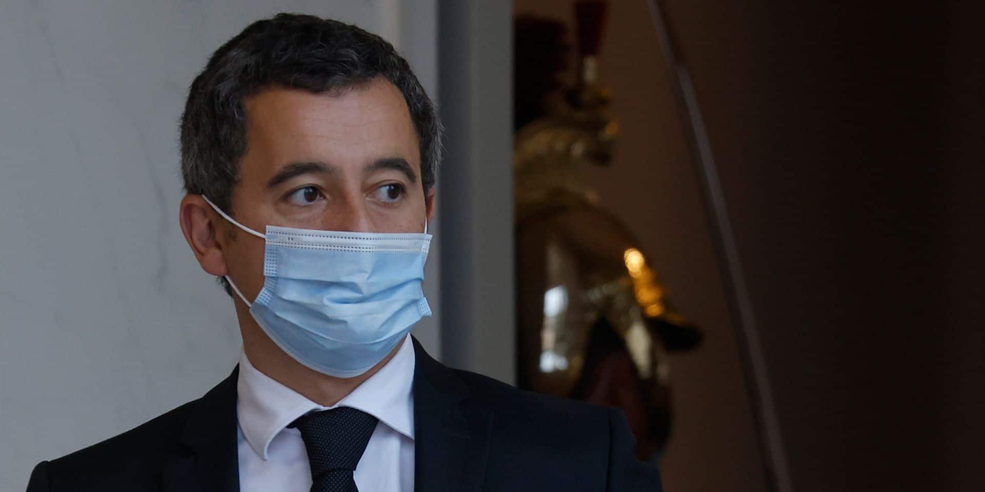 """Darmanin, """"un équilibriste"""" nécessaire à Emmanuel Macron, rattrapé par les violences policières"""