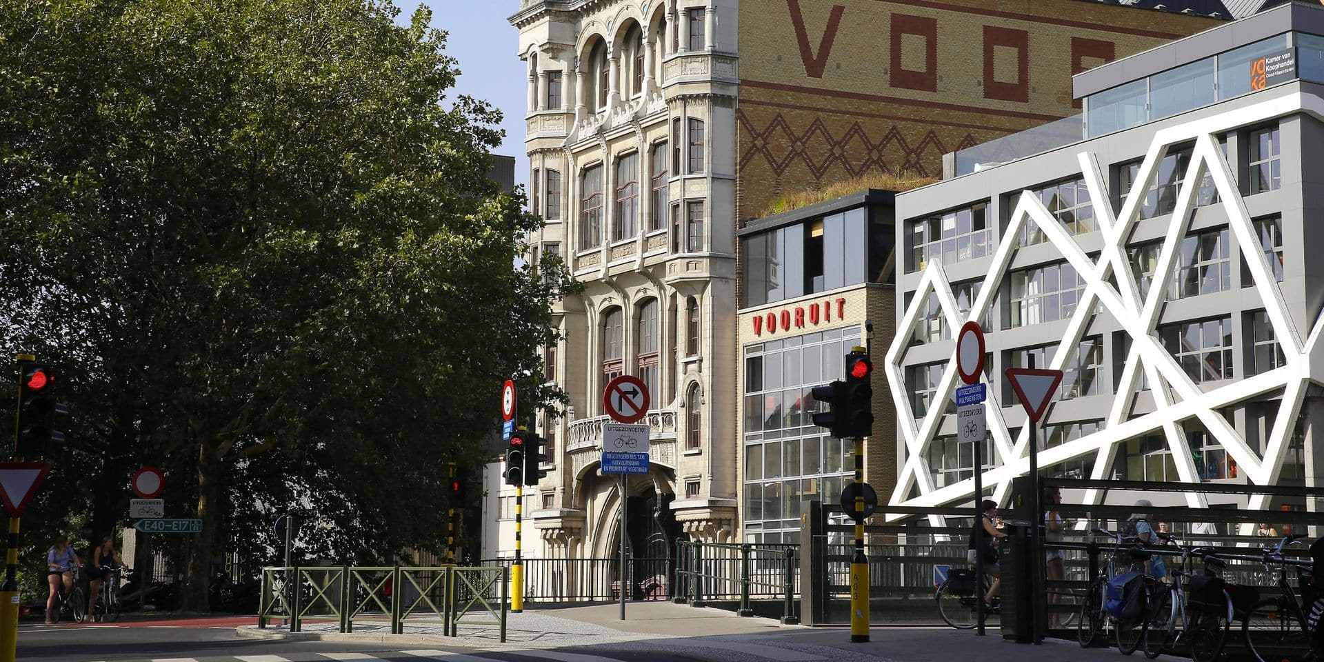 Le parti socialiste flamand a financé le changement du nom du centre Vooruit