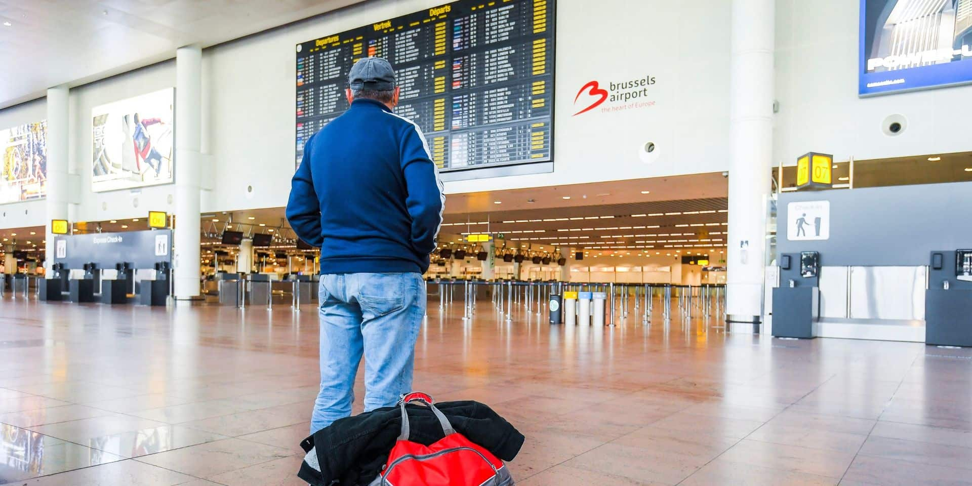 Une quarantaine sera imposée au retour de vacances d'une zone à risques. Comment ?