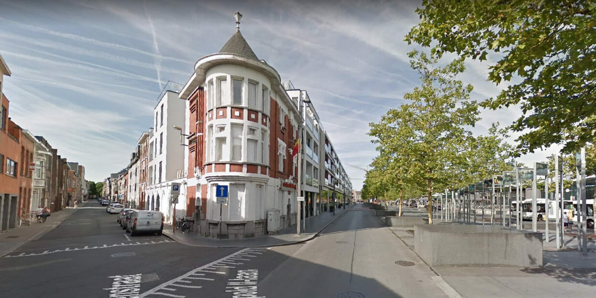 La commune flamande de Saint-Nicolas va modifier le nom de son avenue Léopold II