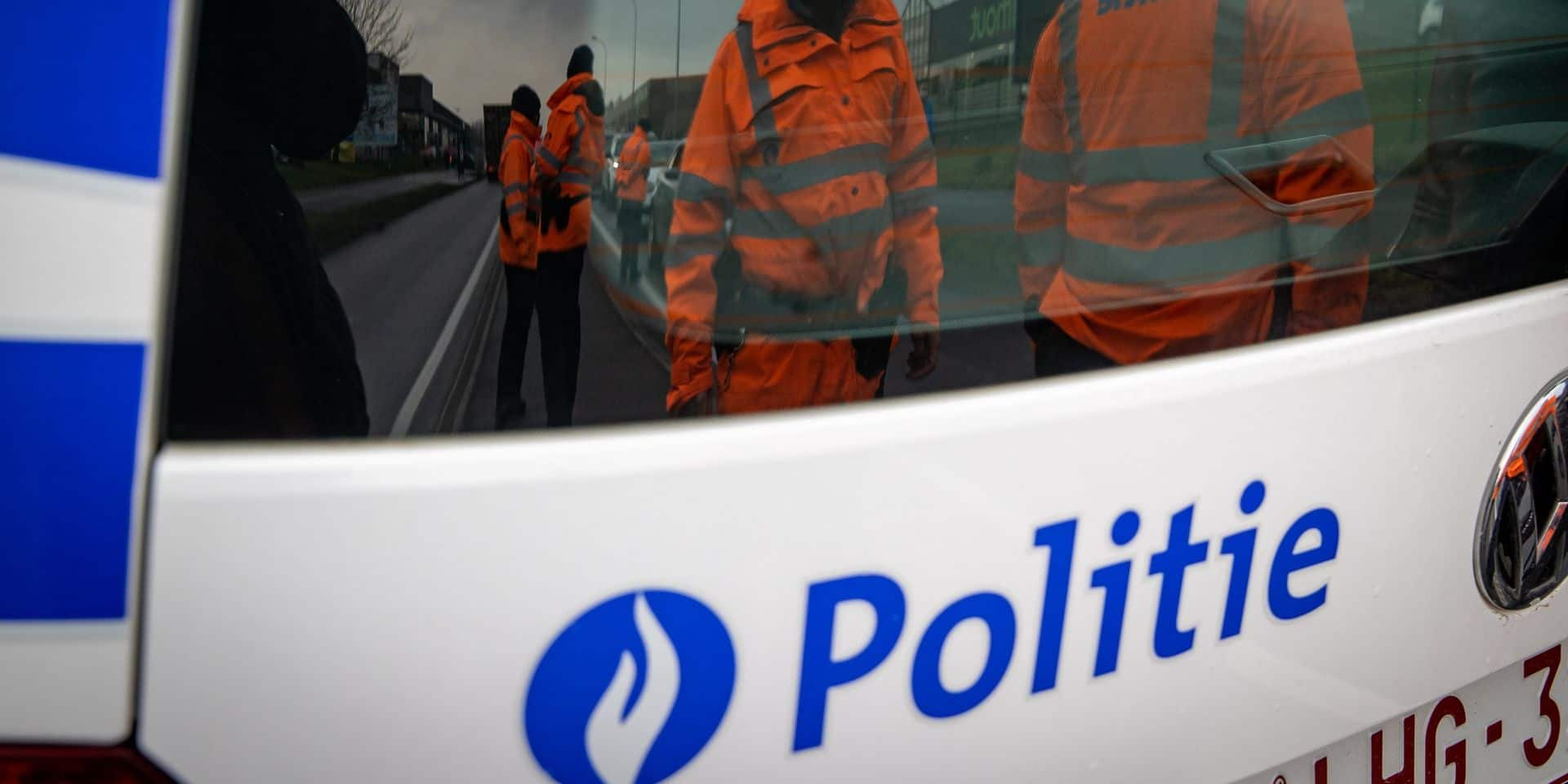 Une femme grièvement blessée dans un accident à Riemst, l'autre conducteur a fui