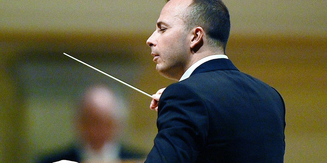 Canadian conductor Yannick Nezet-Seguin conducts the Philadelphia Orchestra at the Konzerthause music venue in Berlin, Germany, 26 May 2015. Nezet-Seguin and the Philadelphia Orchestra are currently on tour through Europe. Photo: Soeren Stache/dpa Reporters / DPA