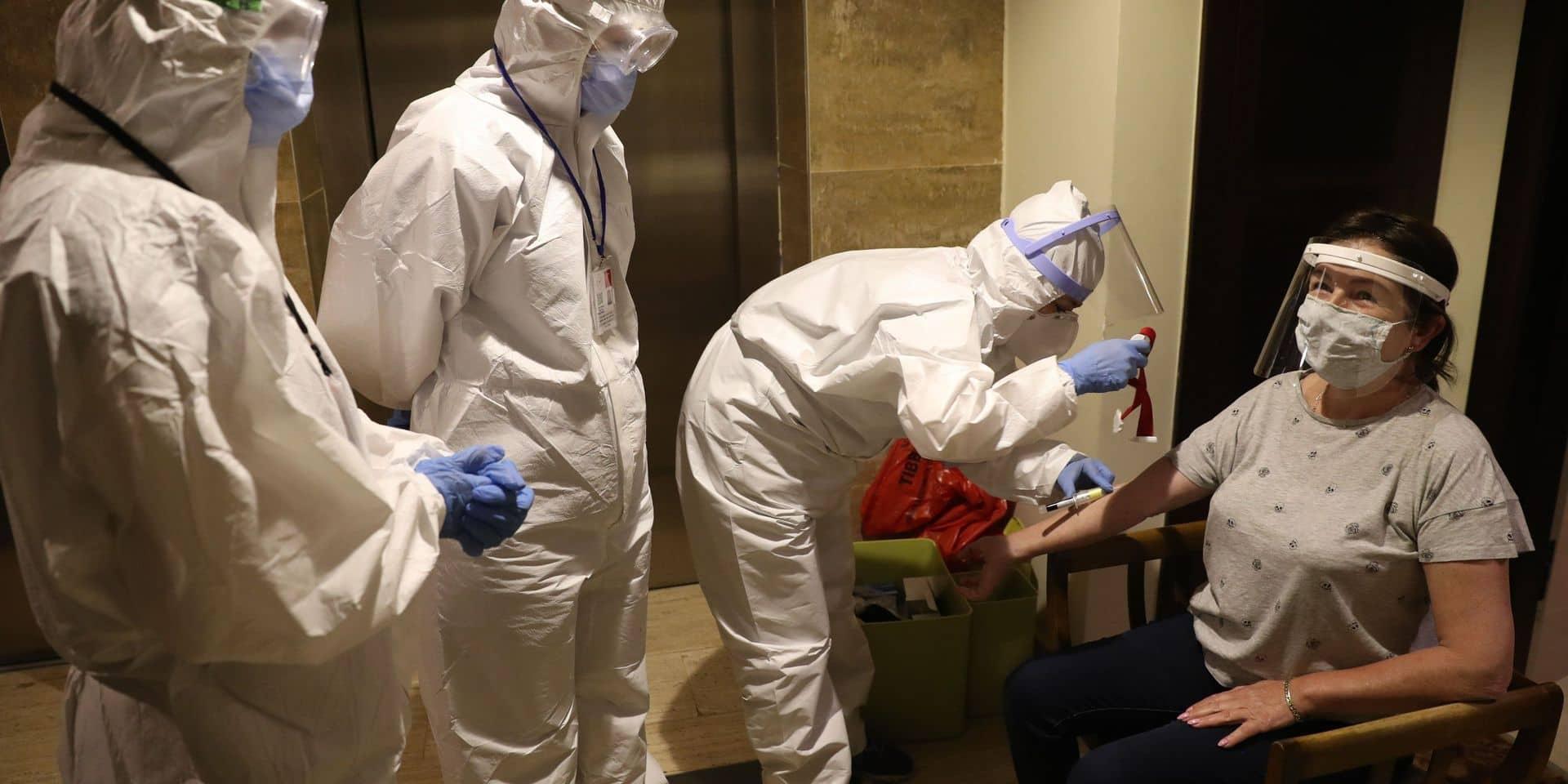 """Course au vaccin contre le Covid-19 : """"Une seule injection ne sera peut-être pas suffisante"""""""