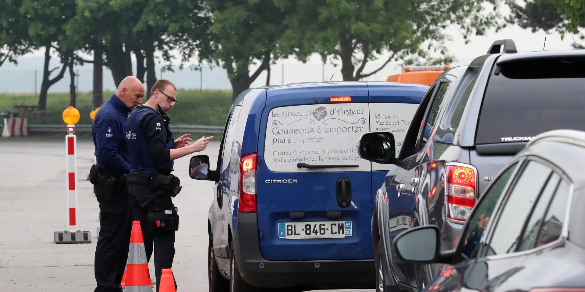 Voyages non-essentiels : feu vert de la Chambre pour le transfert des données du Passenger Locator Form aux autorités locales et la police