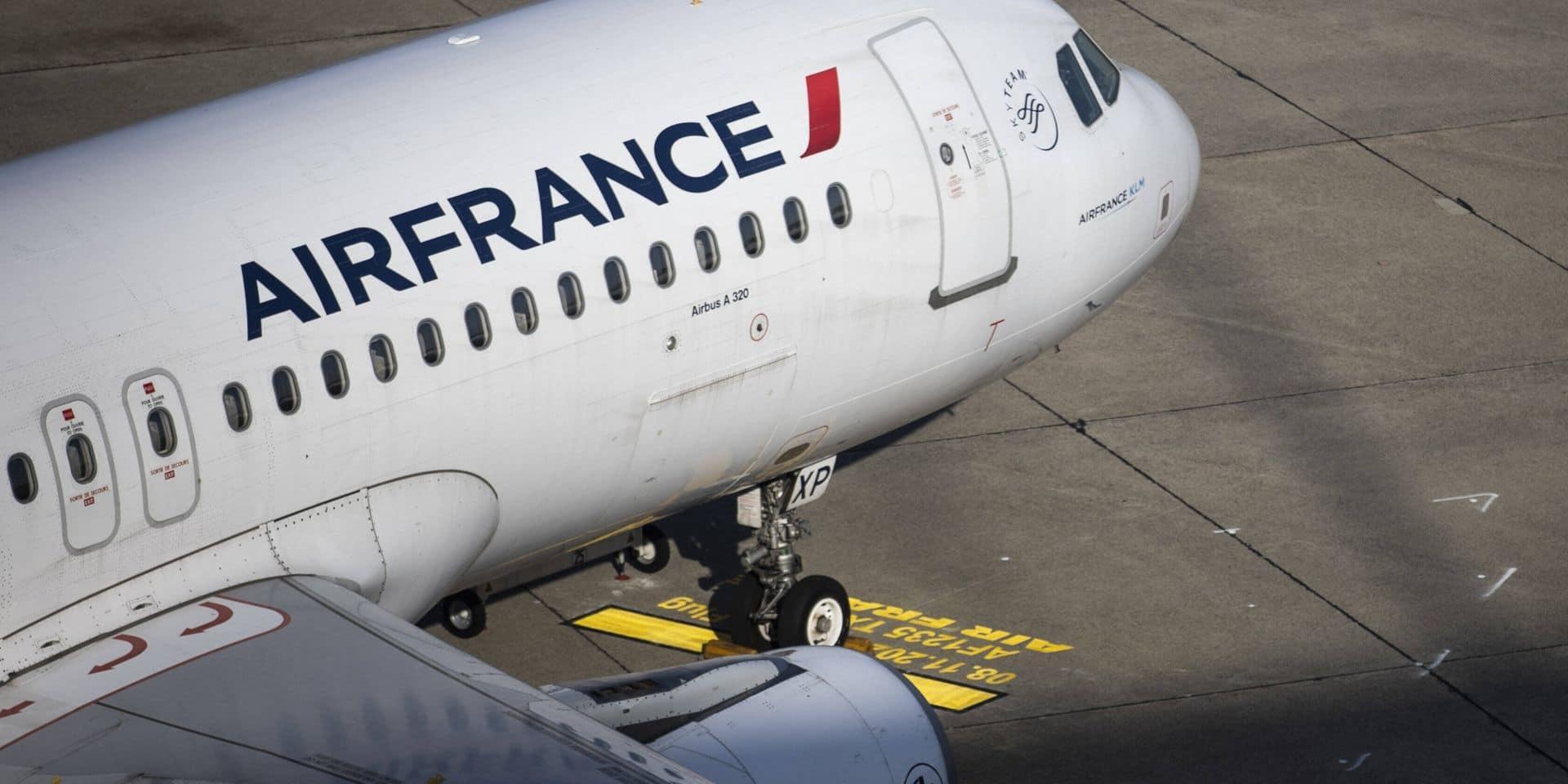 """Accord trouvé avec la Commission européenne """"sur un nouveau soutien financier"""" à Air France"""