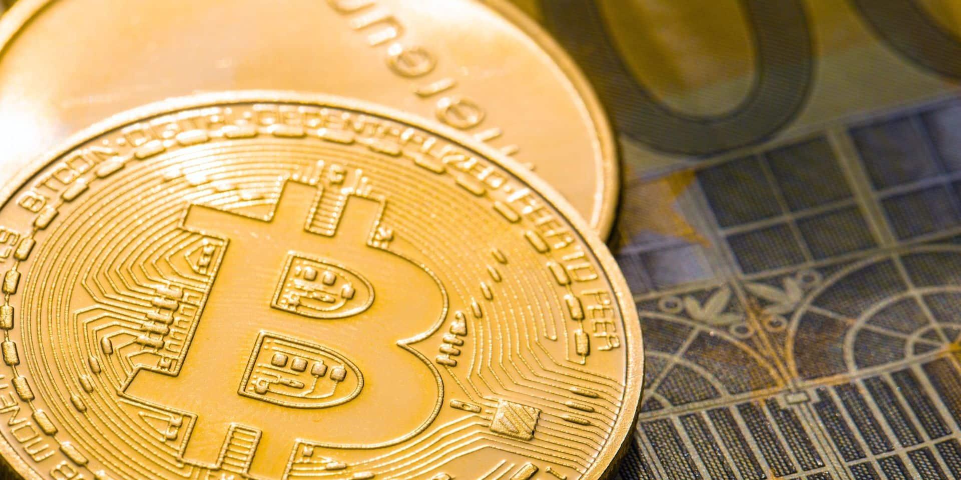 Le bitcoin explose la barre des 38.000 dollars