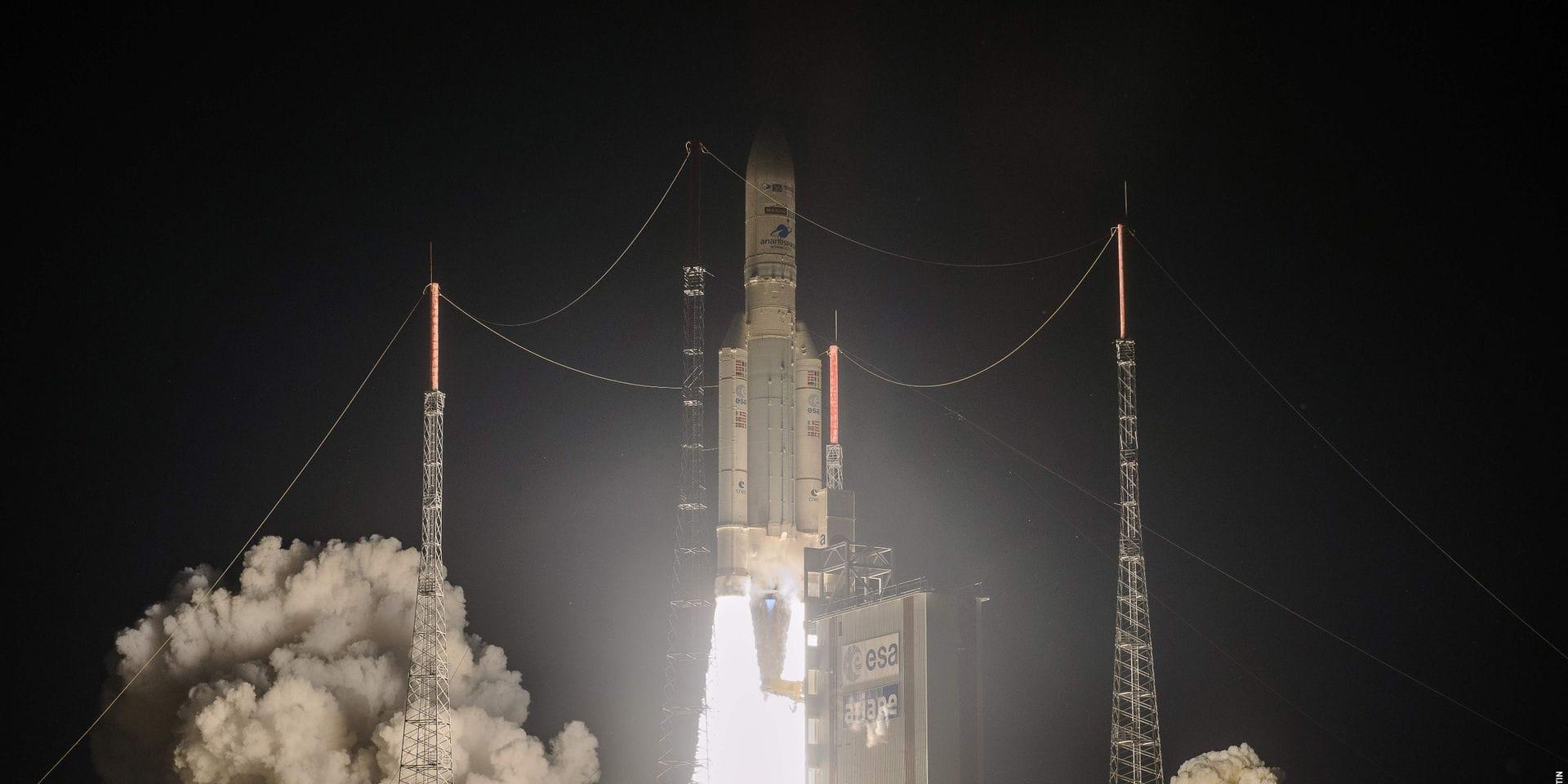 Après plusieurs reports, la fusée Ariane 5 a décollé avec succès
