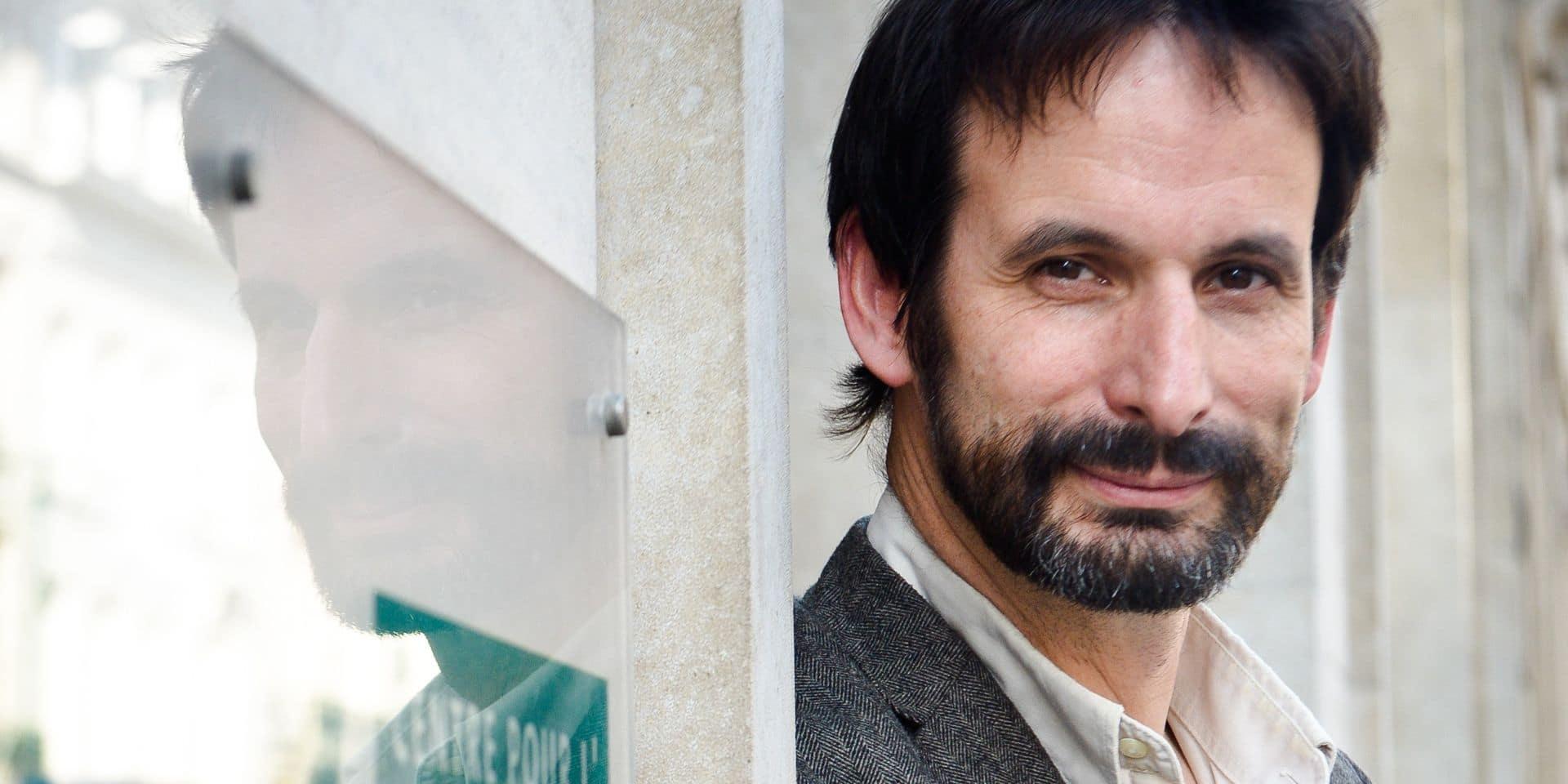 Bruxelles - Rue Royale: Patrick Charlier, directeur adjoint du Centre pour l'égalité des chances et la lutte contre le racisme