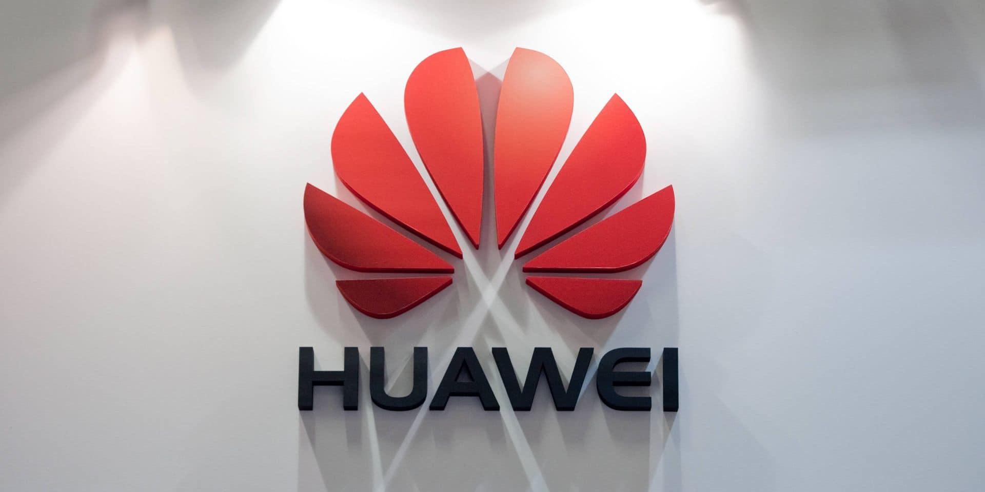"""Huawei, le """"loup"""" chinois qui a détrôné Apple et rêve du 1er rang mondial"""