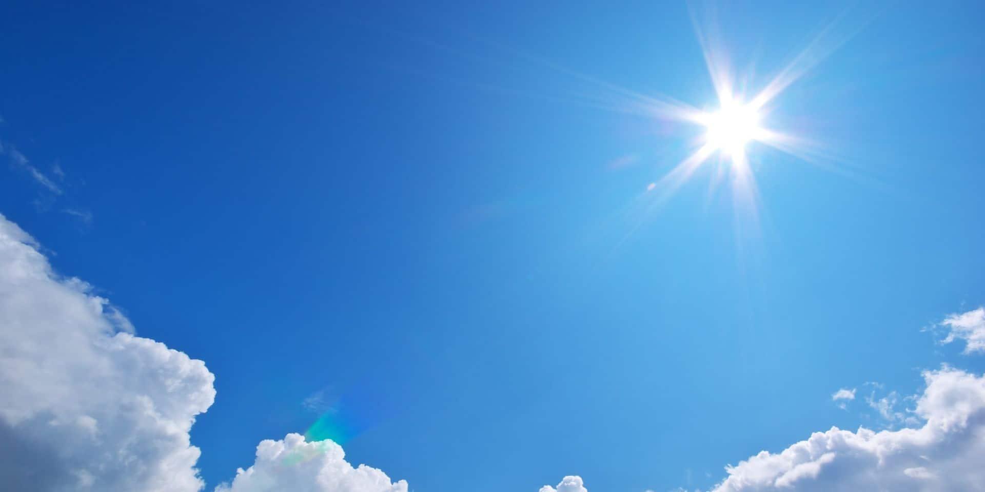 """Une étude montre que les UV du soleil tuent le coronavirus: """"Ne croyez pas comme Trump qu'ils vont vous soigner"""" - La Libre"""