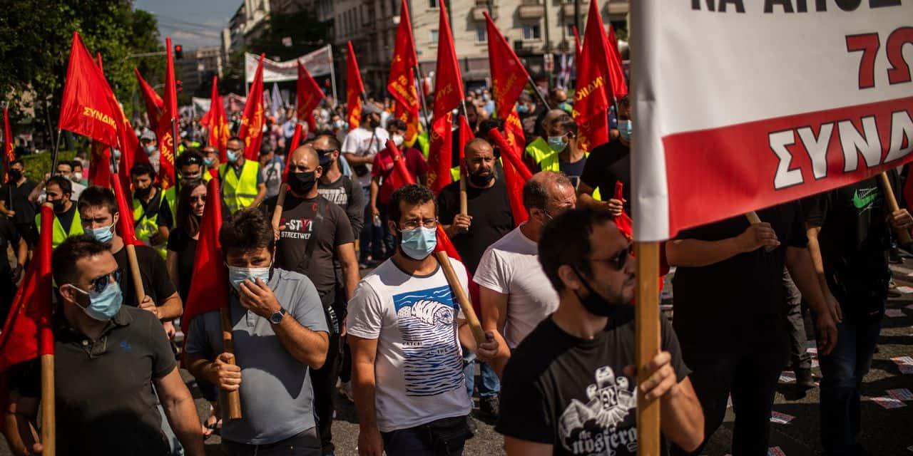 """""""On est de retour au siècle dernier"""": en Grèce, la remise en cause de la journée de 8h provoque un tollé"""