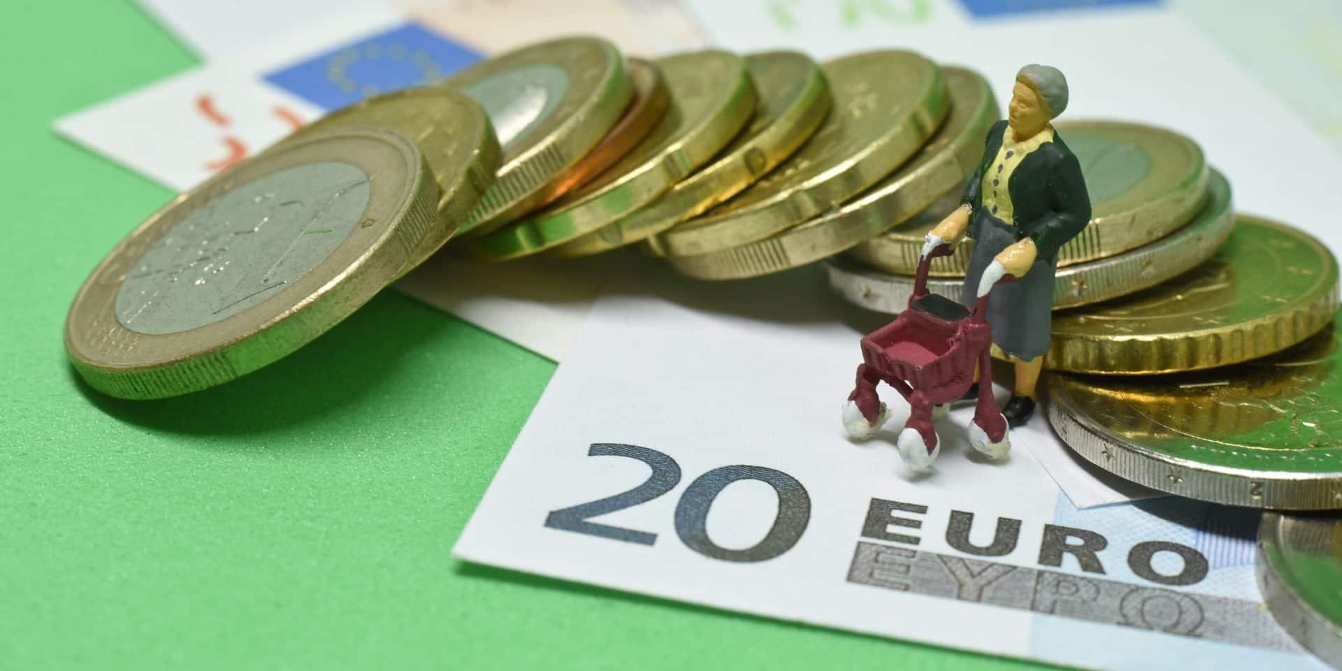 Epargne-pension : 5 milliards d'euros engloutis dans les frais