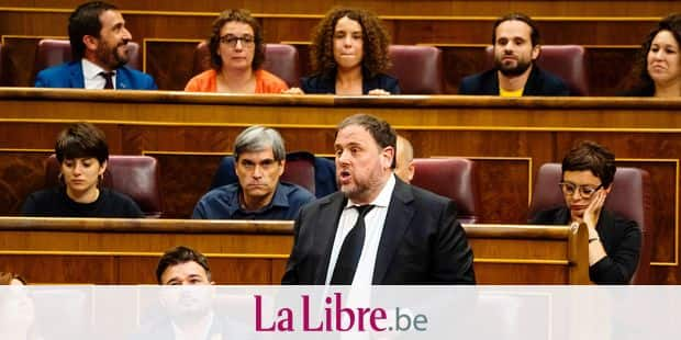 'Esquerra Republicana de Catalunya' - ERC (Republican Left of Catalonia) jailed member of parliament Oriol Junqueras speaks during the first plenary session of the lower house of parliament since last month's general election, on May 21, 2019 in Madrid. (Photo by Angel Navarrete / POOL / AFP)