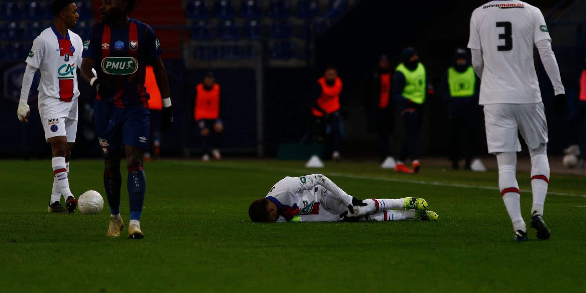 Le sort s'acharne : Neymar absent 4 semaines et forfait avec le PSG lors du huitième aller contre le Barça !