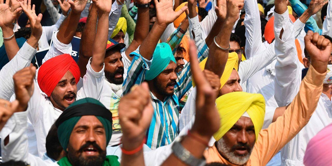 """En Inde, le gouvernement face à la grogne des paysans: """"Avec cette réforme, les grosses sociétés achèteront des terres aux familles endettées"""""""