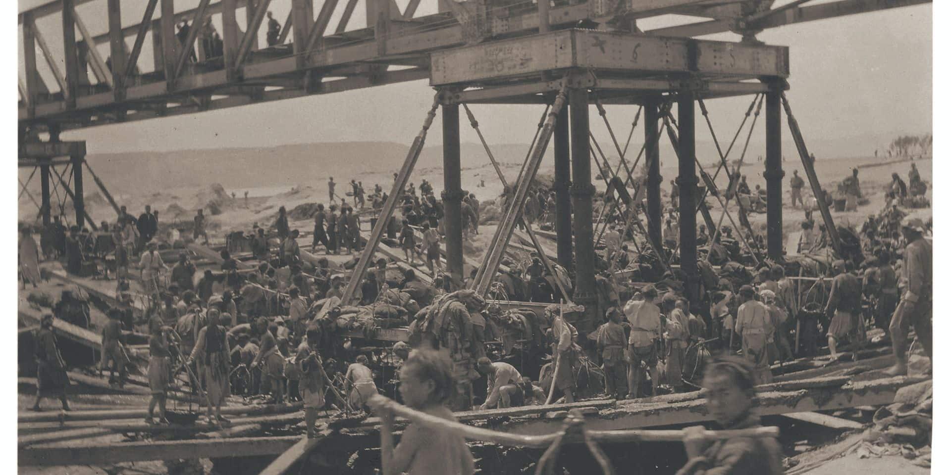 Photographie de la construction de la ligne ferroviaire Pékin-Hankou de 1898 à 1905