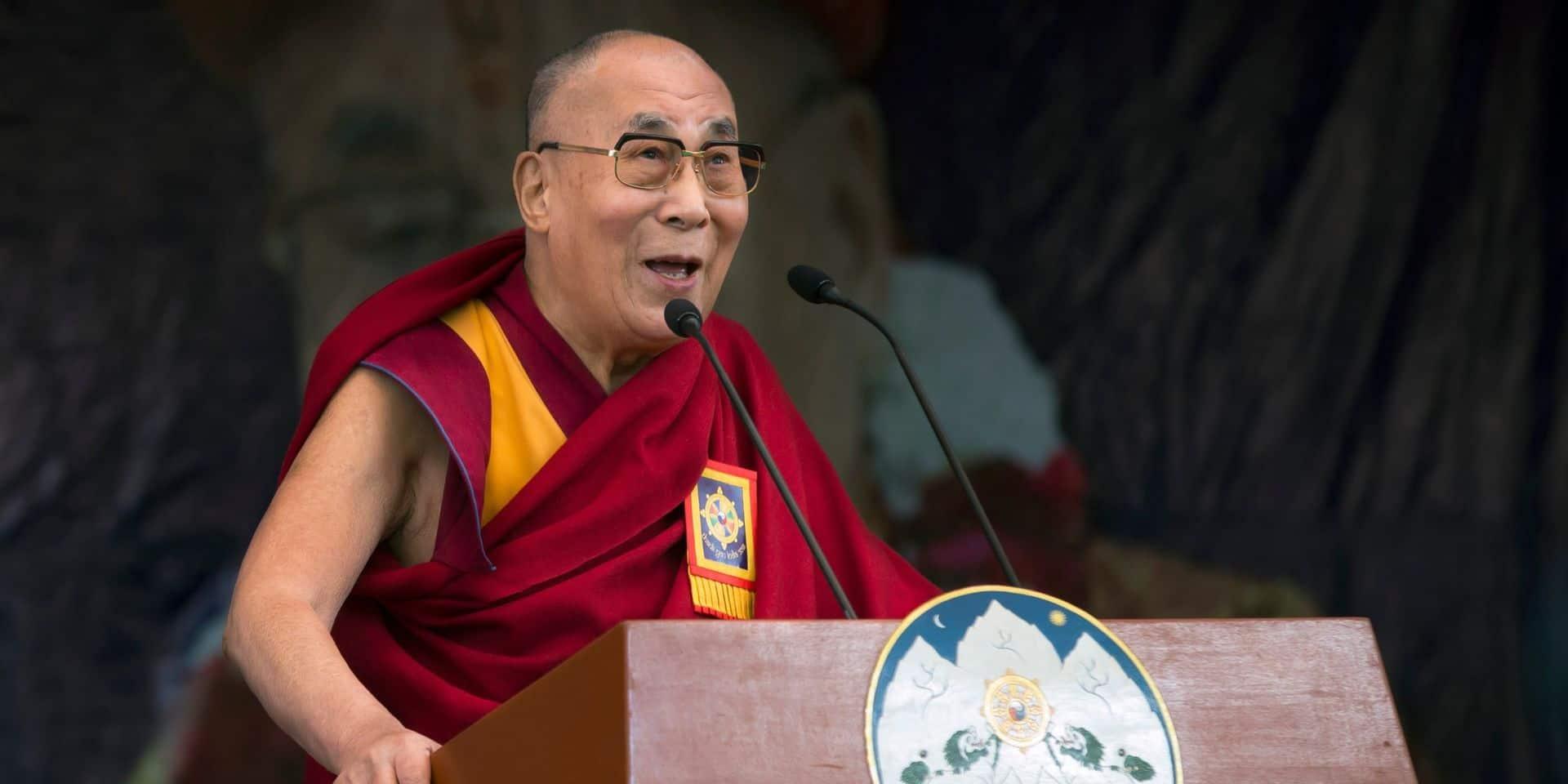 """Coronavirus: le Dalai Lama appelle à une """"responsabilité universelle"""""""