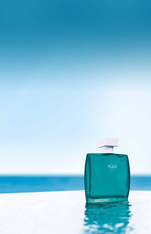Chrome Aqua d'Azzaro, une eau de toilette qui fleure bon l'été et le sable chaud. 74,90 euros chez                        Ici Paris XL.