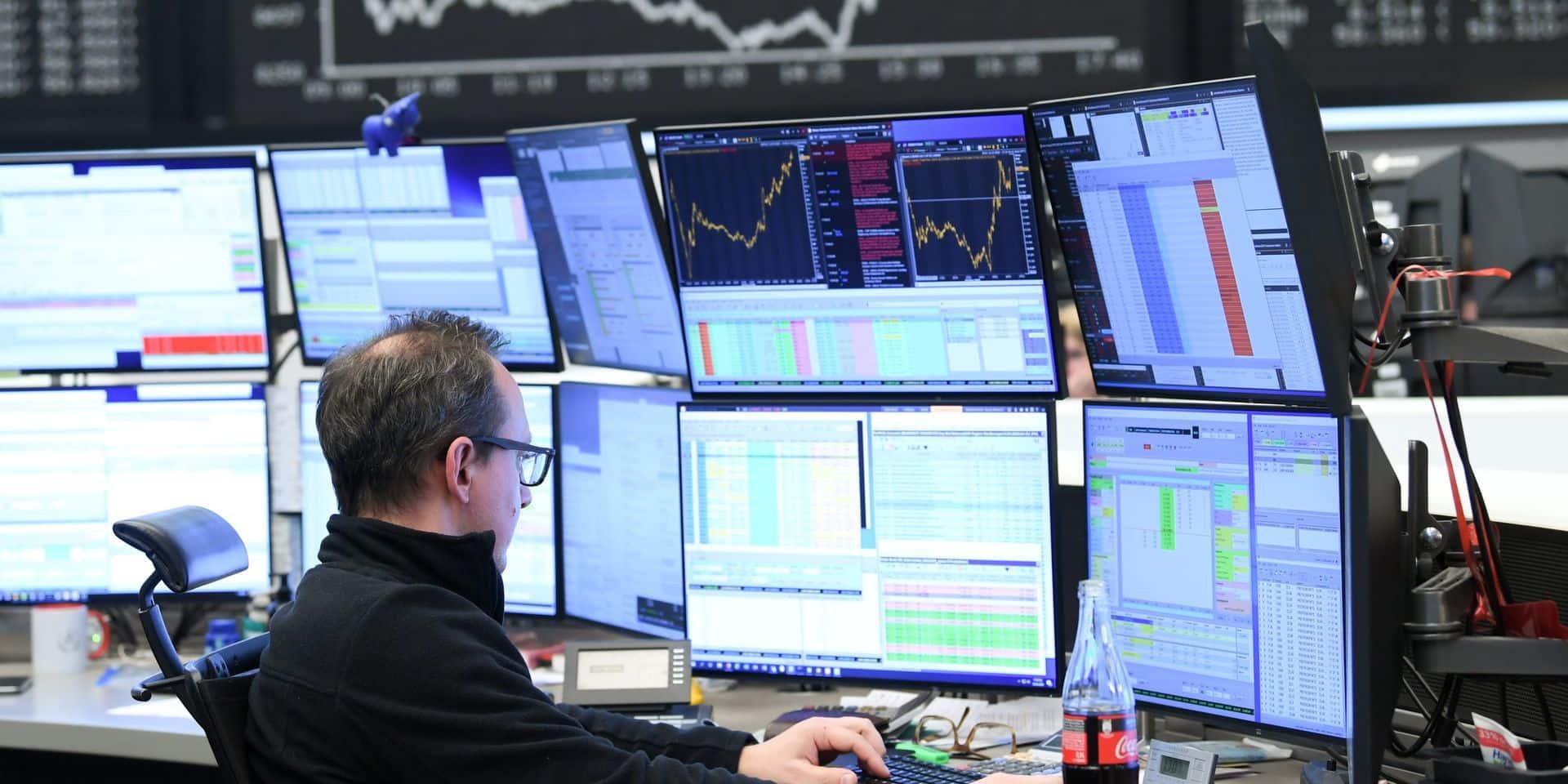 Les marchés mondiaux hésitent, en pleine incertitude américaine