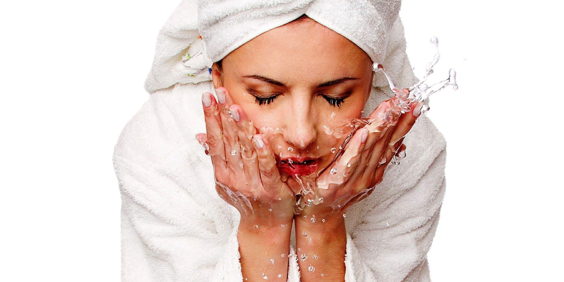 Hygiène corporelle: faut-il se laver tous les jours à grandes eaux?