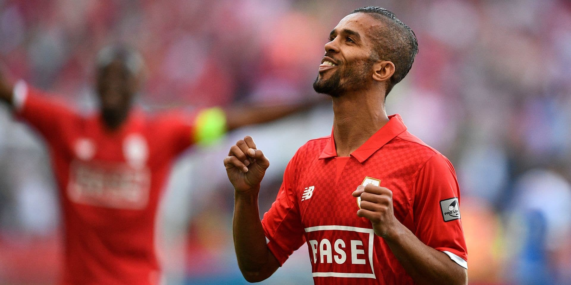 Mehdi Carcela (Standard) dans les 23 joueurs marocains pour la Russie