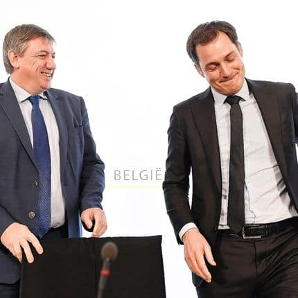 Vice-Prime Minister and Interior Minister Jan Jambon and Vice-Prime Minister and Minister of Cooperation Development, Digital Agenda, Telecom and Postal services Alexander De Croo pictured during a press conference after a Minister's council meeting of the federal government in Brussels, Friday 12 January 2018. BELGA PHOTO LAURIE DIEFFEMBACQ
